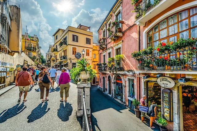 Tourism business cluster development